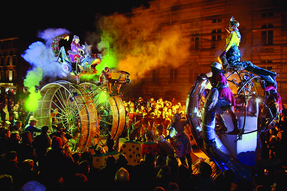Parades-fantastiques Cie Transe Express